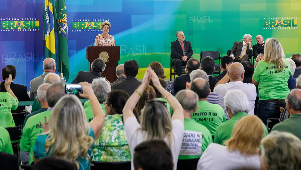Dilma: tarefa das lotéricas é essencial na imensidão do Brasil e terá continuidade, porque governo não recuará na garantia de direitos a nossos cidadãos. Foto: Roberto Stuckert Filho/PR