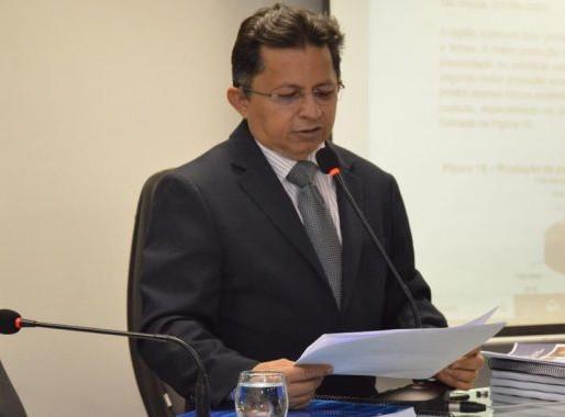 """Deputado Sinésio Campos comemora e afirma que """"o Fundeb é de todos nós"""""""