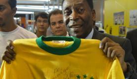 Pelé alega problemas físicos e não participará da abertura da Rio 2016