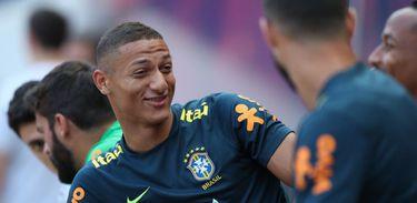 Seleção Brasileira faz contra os EUA o seu primeiro jogo após a Copa