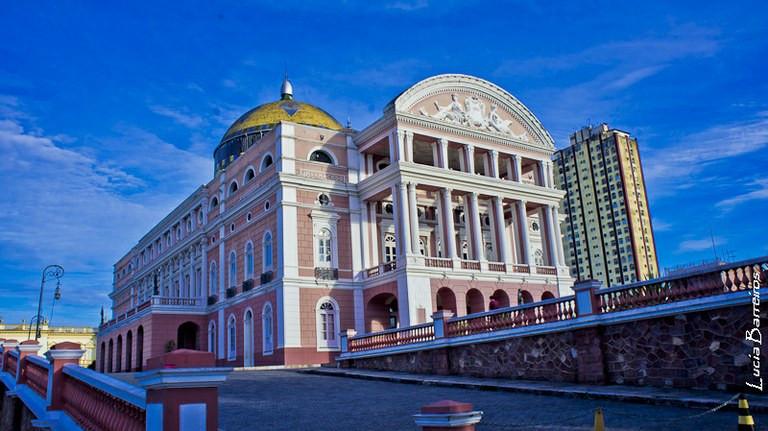 Teatros da Amazônia são expressivos monumentos implantados nos dois maiores centros urbanos da região - Divulgação/EBC