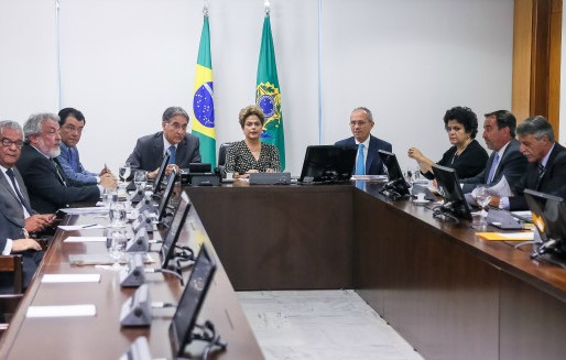 Governos unidos e articulados são importantes para recuperação do Rio Doce, afirmam governadores