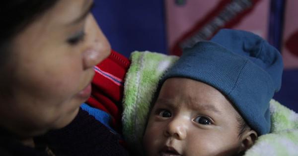 OPAS/OMS citou avanços das Américas na redução da mortalidade infantil. Foto: OPAS/OMS