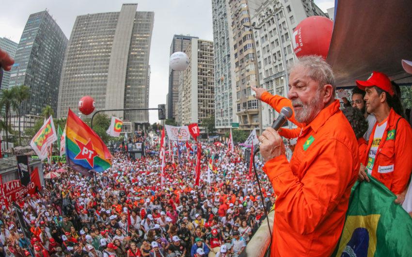 03/10/2017- Lula durante ato em defesa da soberania nacional no Rio de Janeiro. Foto: Ricardo Stuckert