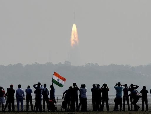 Índia bate recorde mundial ao lançar 104 satélites usando um único foguete