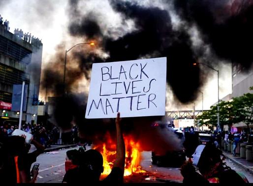 EUA seguem sob protestos pelo assassinato de homem negro por policial branco