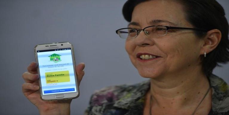 """Tereza Campello: """"Qualquer beneficiário poderá saber, sem sair de casa, quando vai receber, dez dias antes do início do pagamento"""". Foto: José Cruz/Agência Brasil/ABr"""