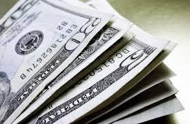 Dólar fecha com forte alta após discurso de Trump