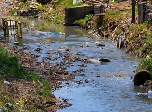 Como a falta de informação afeta o saneamento básico do país?