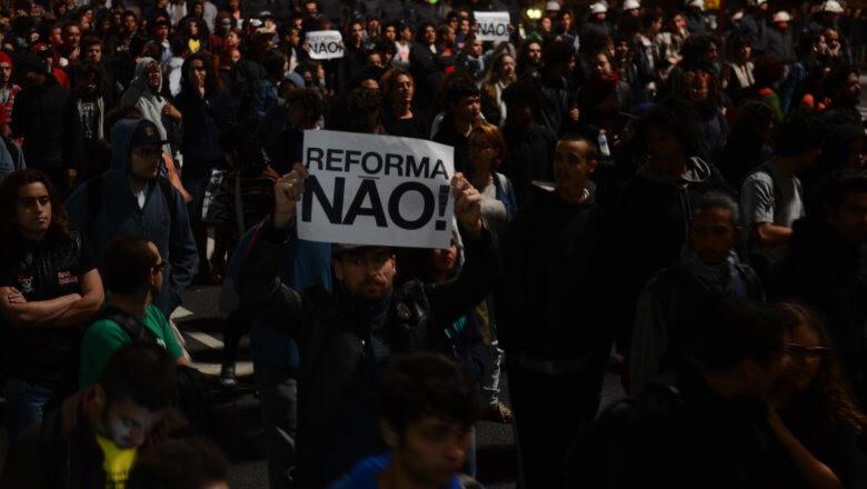 Ato Contra a Reforma no Ensino Médio na Avenida Paulista
