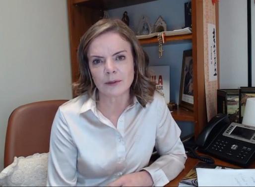 Bolsonaro é responsável por motins como o de policiais do CE, diz Gleisi
