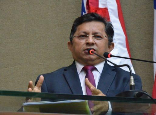 Sinésio Campos defende celeridade de ações para combate à Covid-19
