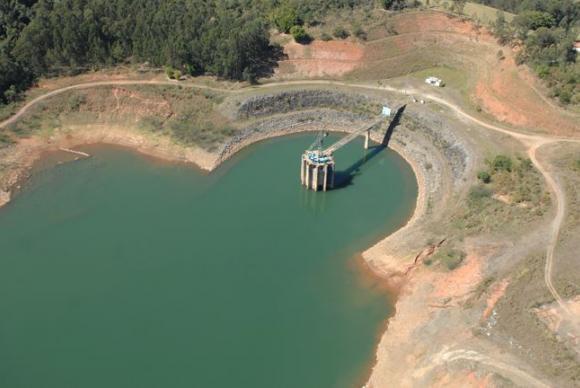 Limite para a retirada de água do Cantareira busca garantir que não haja prejuízo às vazões para a Bacia Hidrográfica dos rios Piracicaba, Capivari e JundiaíDivulgação Sabesp