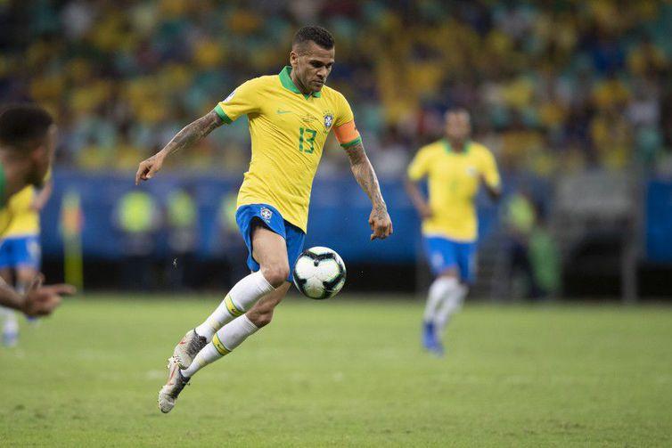 No CT do Grêmio, em Porto Alegre, Tite contou com a presença de todos os jogadores, entre eles, o atacante Everton -Lucas Figueiredo - CBF