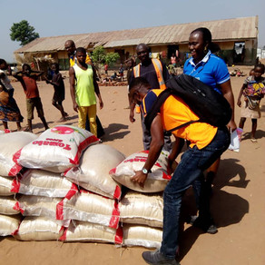 Christmas food distribution in Benue