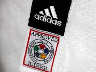 Etiqueta da IJF, você conhece as regras para o uso de Judogui ou faixas em competições internacionai
