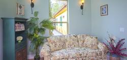 Chateau Senior Living Auburn CA Indoor Seating
