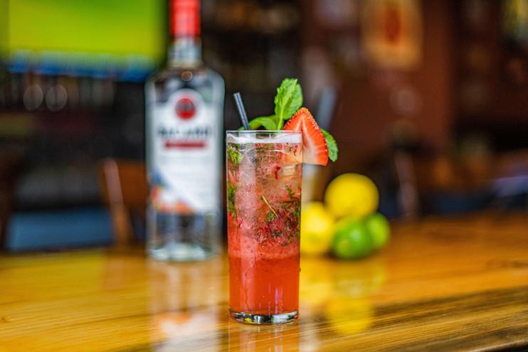 The Hub Natomas CA Unique and Fresh Cocktails