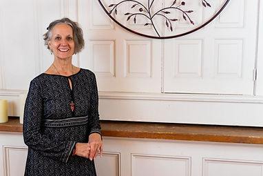 Suzanne Rolle meditation, yoga, and spiritual teacher