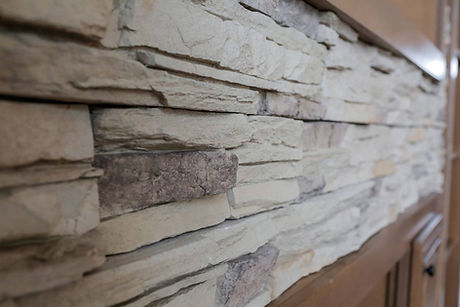 Stone accent in manufactured home, Paradise Homes