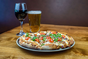 The Hub Natomas CA Fresh and Delicious Pizza