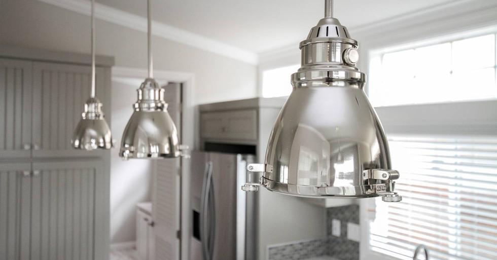 Silvercrest Craftsman Pendant Light