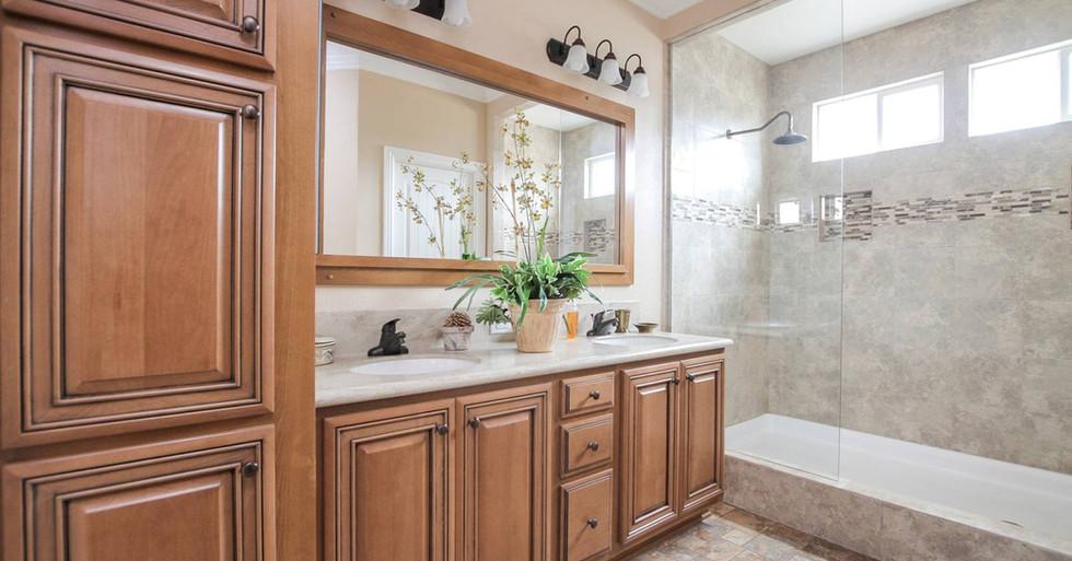 Silvercrest Kingsbrook Master Bath