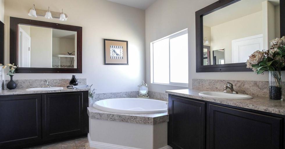 Silvercrest Bradford Master Bath