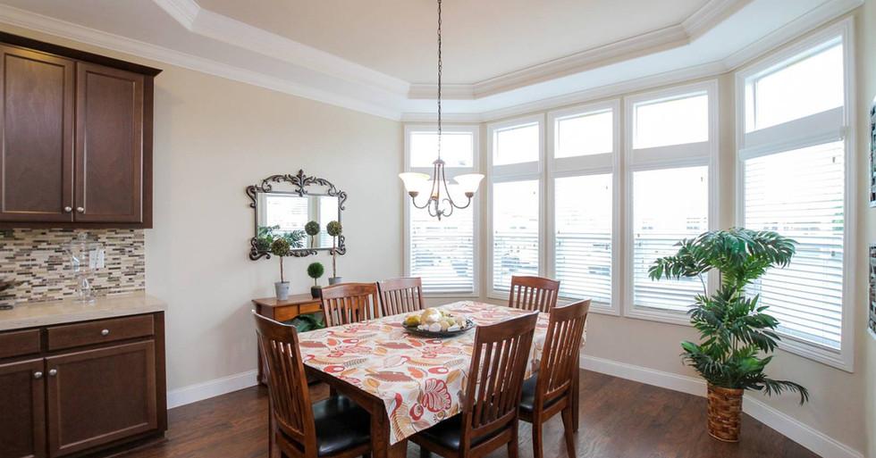 Silvercrest-Kingsbrook Dining Room