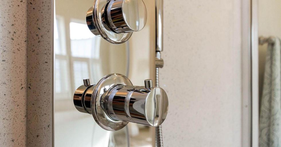 Creekside Manor Master Shower-3