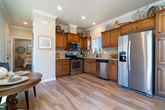 Bradford Series Kitchen and Dining room