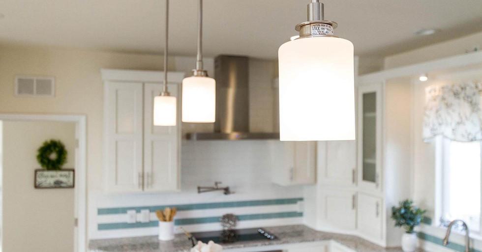 Creekside Manor Lighting Detail