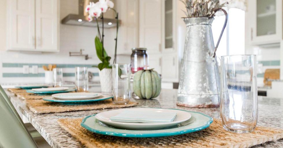 Creekside Manor Table Setting