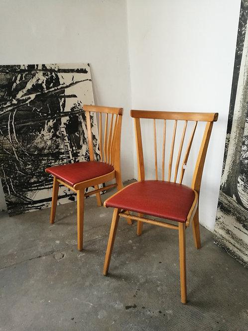 Set de 2 chaises à barreaux vintages