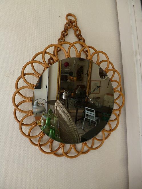 Miroir rotin en forme de fleur
