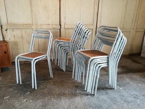Lot de chaises d'école vers 1960