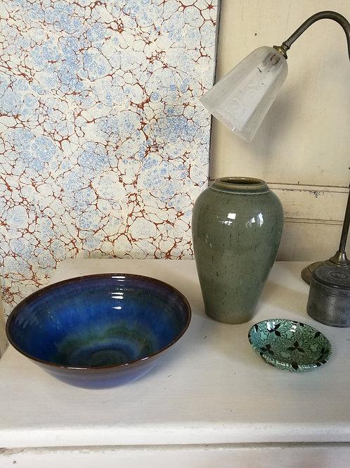 Vase et coupes en céramique