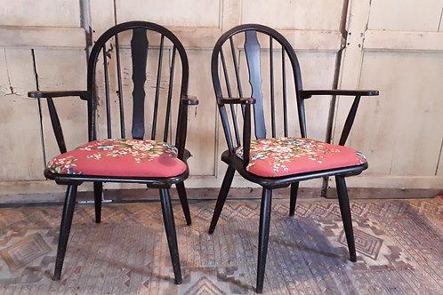 paire de fauteuils type ercol