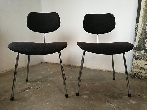 Paire de chaises Egon EIERMANN