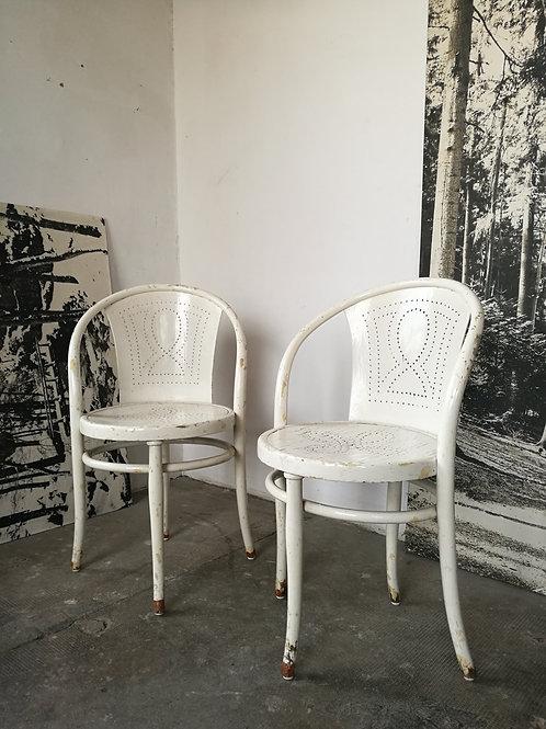 Paire de chaises Thonet modèle 47