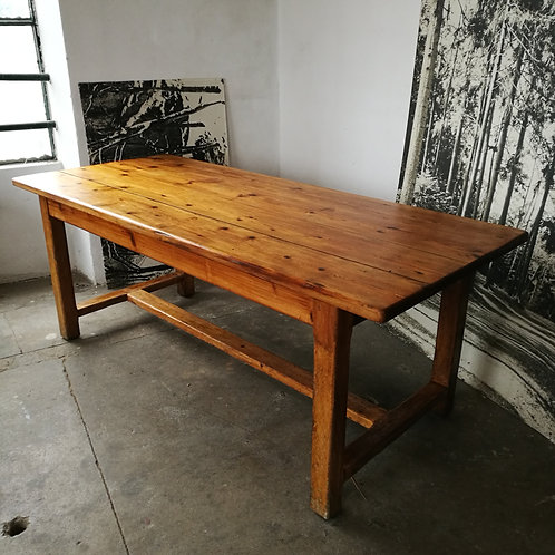 Grande table en pin
