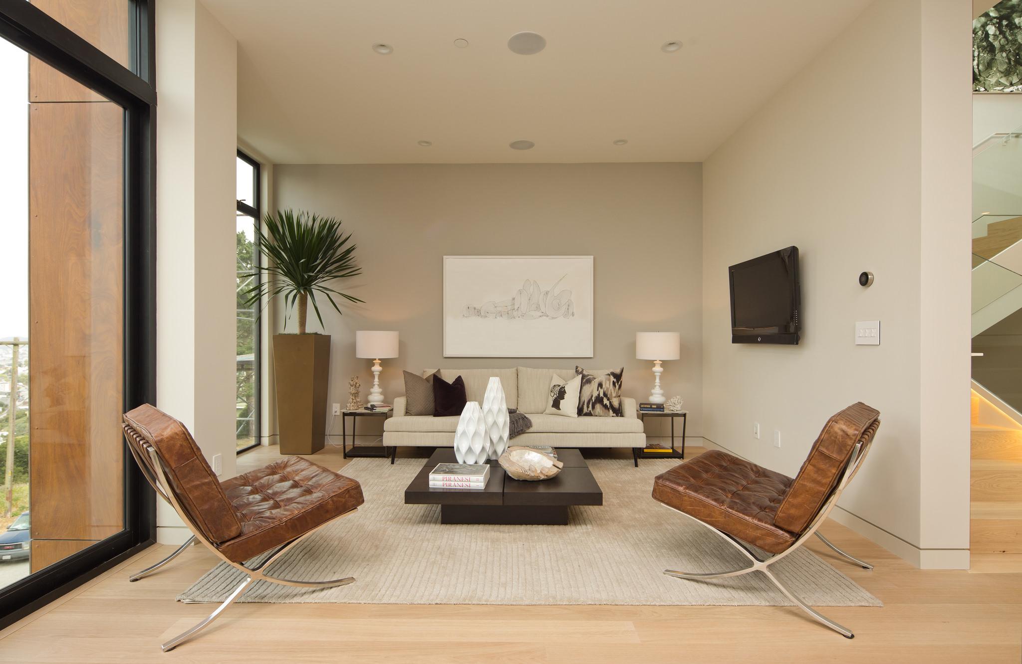 Noe living room