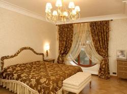 Декоративные шторы для спальни на заказ.