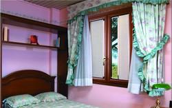 Шторы плиссе для спальни.