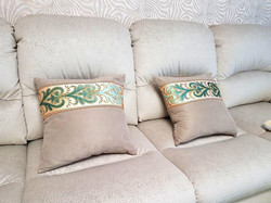 Подушка с декоративным бордюром