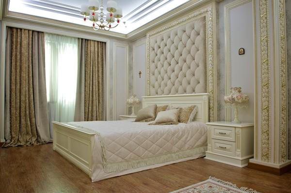 Красивые шторы для спальни.