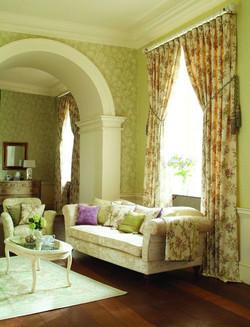 Итальянские шторы для зала.