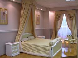 Итальянские шторы для спальни.