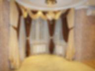 Шторы на эркерное окно с ламбрекеном
