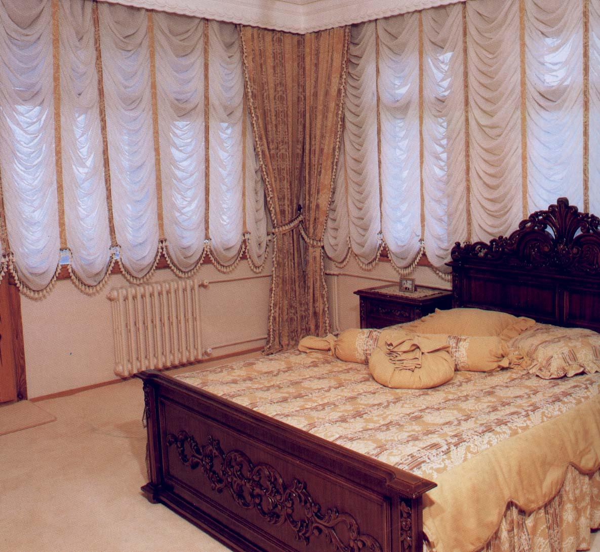 Французские шторы для спальни.